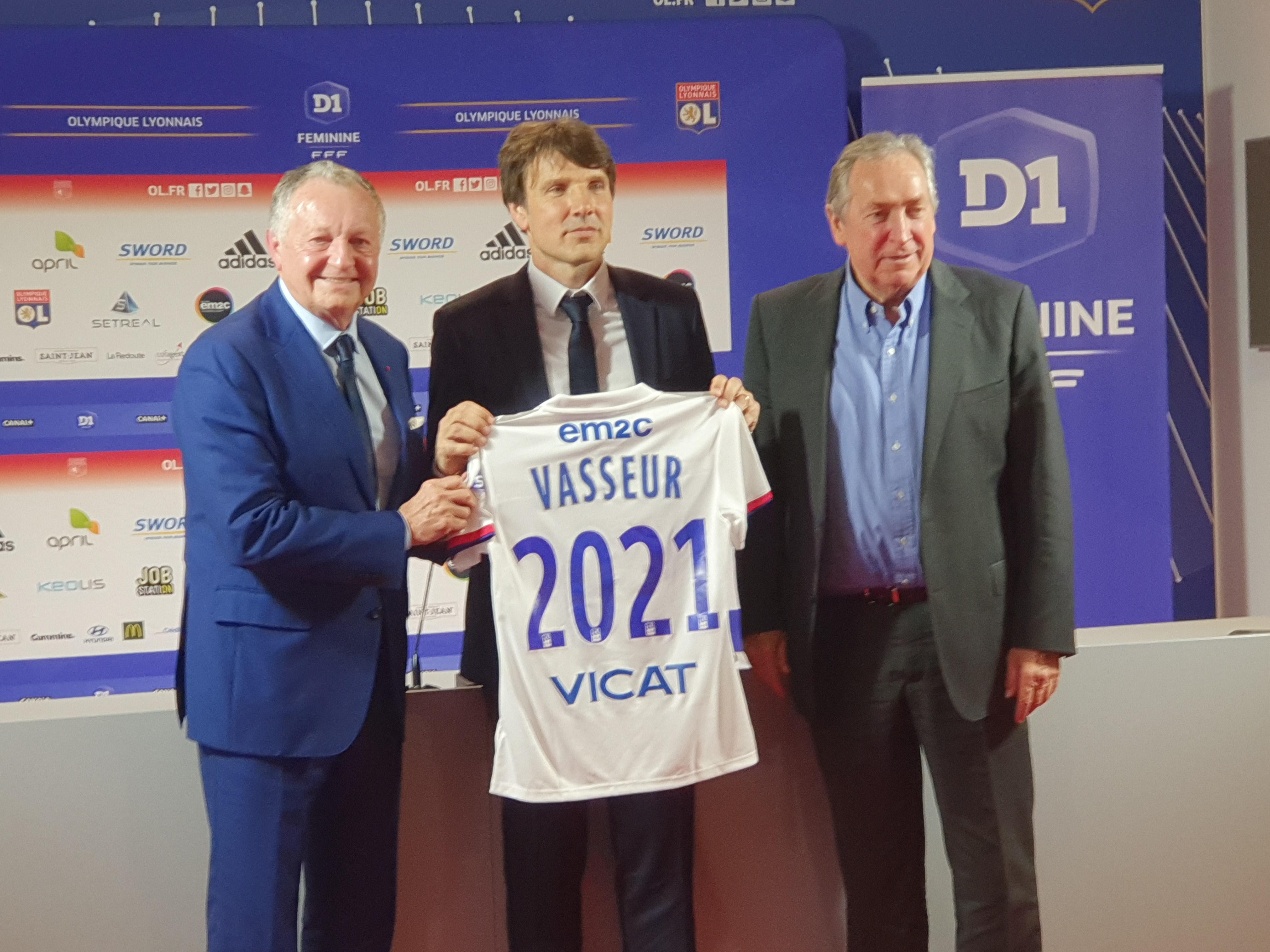 Jean-Luc Vasseur nommé entraîneur de l'équipe féminine — OL