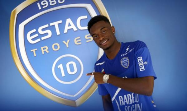OL : Pintor évoque son début de saison à Troyes - Olympique et Lyonnais
