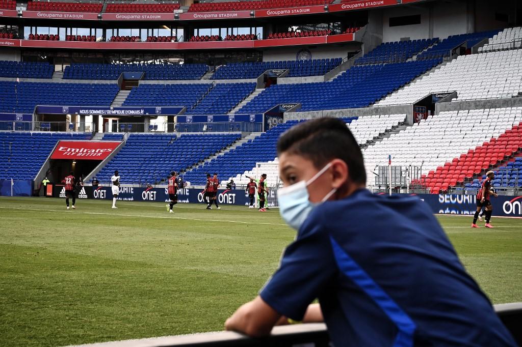 Ligue 2 : La jauge des 5 000 spectateurs est maintenue !